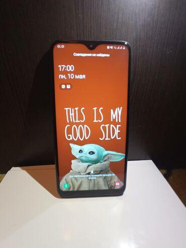 Мобильные телефоны и аксессуары - Кыргызстан: Срочно продаю Samsung A10 (2020г) (32гб) Только мелкие царапины на кры