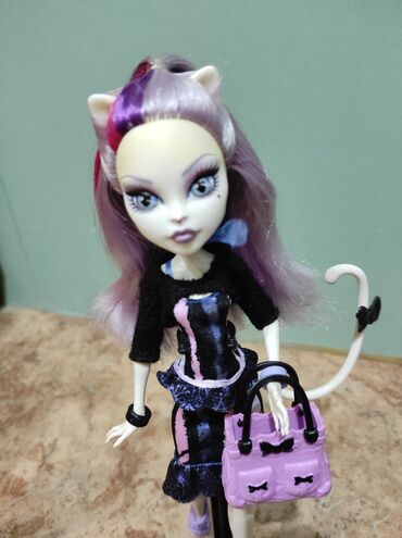 "Кукла монстер хай Monster High, Катрин де Мяу из серии""Новый"