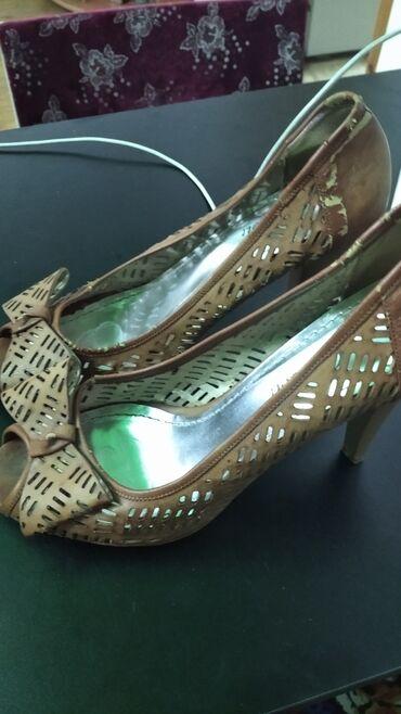 Туфли женские.39 размер