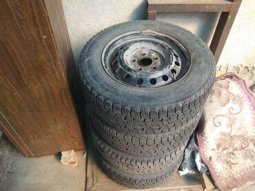 продам бу в Кыргызстан: Продам бу резину с дисками зимнюю falken 205\65 R 15 на одном колесе