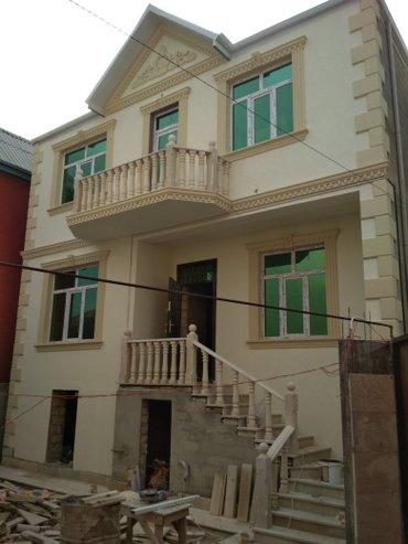 Xırdalan şəhərində Xirdalanda ibrahimov kucesinde 1. 5 sotda olan, 160 kv-da tikilmis, 5