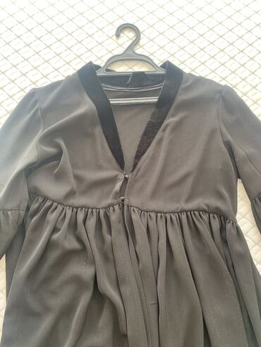 Продаю абаю чёрного цвета, размер 42-44 (S-M), состояние идеальное