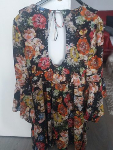 Guess svilena haljina vel.M prelepa - Novi Sad