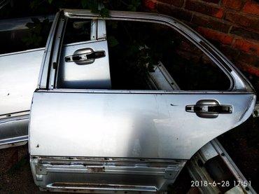 Задняя лев.двер мерс 140лонг,с маленькой ямкой в Бишкек