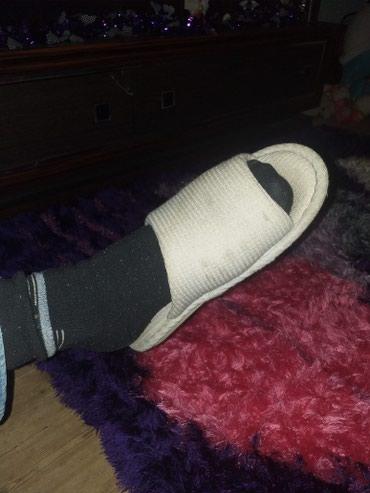Xırdalan şəhərində Ulu nenemin pratez ayağı, sol ayağı. corab basmağı üstünde verilir.