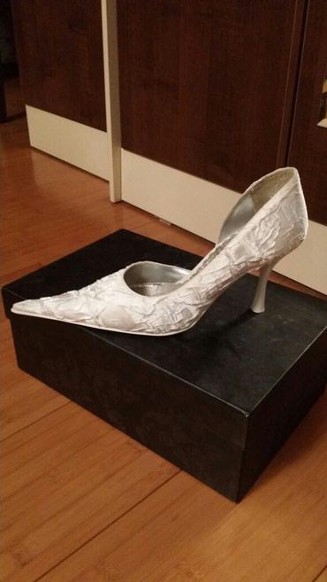 Туфли белые - ткань атлас в Бишкек