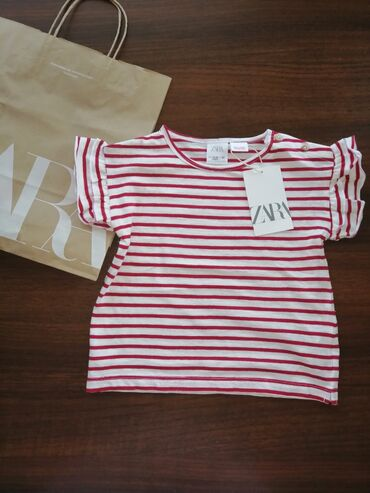 Zara футболка 18-24ау