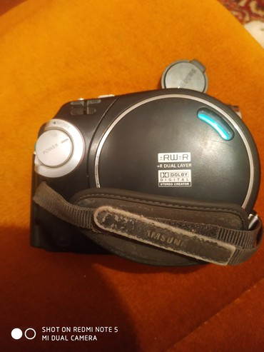 Фото и видеокамеры - Кок-Ой: Видео камера надо поменять ботарейку а так все работает