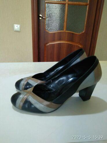 черные-женские-туфли в Кыргызстан: Продаются женские туфли, произ-во Турция, размер 38, каблук 7,5 см.