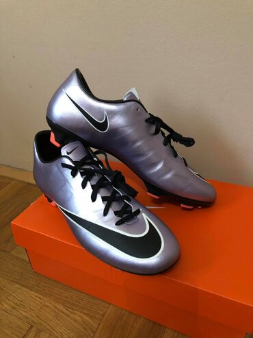 Kopacke nike - Srbija: Nike Mercurial kopacke 41 (26cm) i 42.5 (27cm) NOVONike