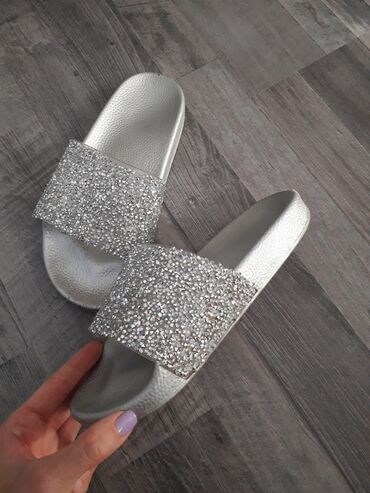 Ženska obuća | Kladovo: Papuce br.37