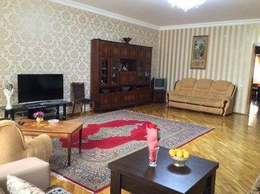 Bakı şəhərində сдаю 3 комнатную со всеми условиями мебелированную квартиру суточно в