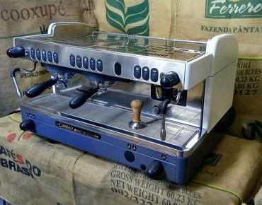 Кофеварки и кофемашины в Кыргызстан: Белоснежная Профессиональная кофемашина La Cimbali M29После полной