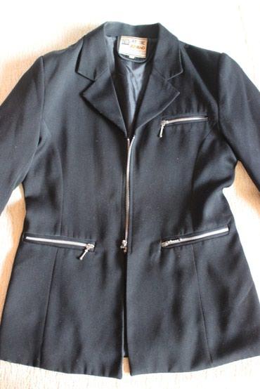 Женский пиджак, размер 44-46, б/у, состояние хорошее в Бишкек