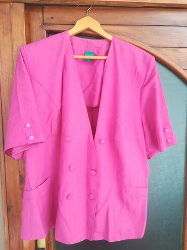 Ženska odeća | Vranje: Blejzer boja ciklame vel 48, obim grudi 114 cm, dužina 69 cm, nošen