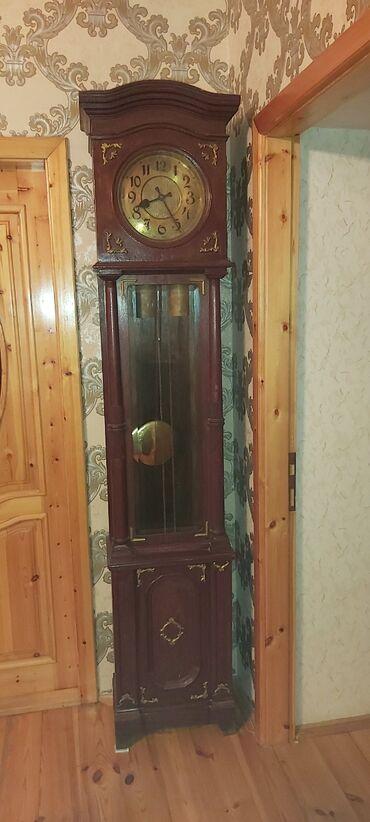 Антикварные часы - Азербайджан: Qedimi 19 cu esr Hundur 2 Metr Alman Zengli Saati. Tam islek ela