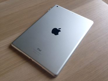 Apple iPad Air MD788LL/A (16GB, Wi-Fi, White with Silver) 1st в Бишкек