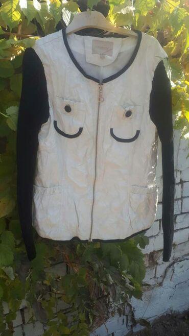 Продаю куртки подростковые демисезонные 44 размер
