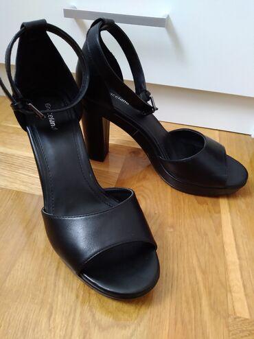 Huawei honor note 8 128gb - Srbija: Crne sandale 38  Deichmann - Graceland Veoma udobne i stabilne crne sa