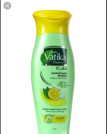 Bakı şəhərində Vatikanın şampunu: tərkibi limon,yogurt,olan şampun saçlara