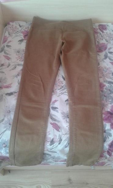 Ženska odeća   Kovilj: Pantalone ocuvane, velicina 40!