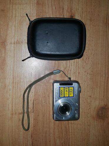 cyber shot sony в Кыргызстан: Цифровой фотоаппарат Sony Cyber Shot 7.2 мегапикселя. Отличное