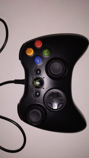 xbox 360 2011 в Кыргызстан: Продаю xbox 360 30 игр, 1 джойстик