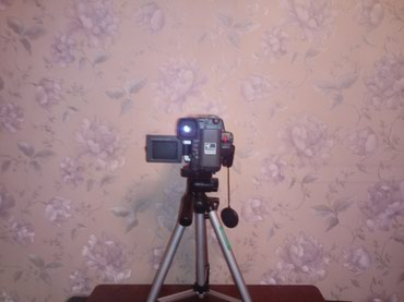 Продаю или меняю видео камеру Samsung на планшет или ноутбук в Бишкек