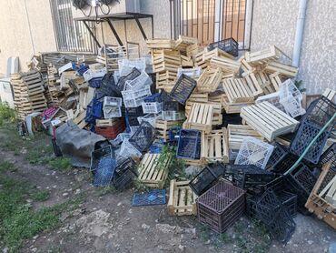 ящик-пластмассовый в Кыргызстан: Продаю Каробки Үмүт, от Банана, ящики пластмассовые и деревянные