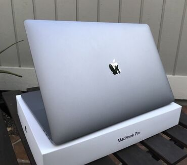 Apple Macbook Pro 15.4 Touch Bar Space Gray 256Gb Laptop