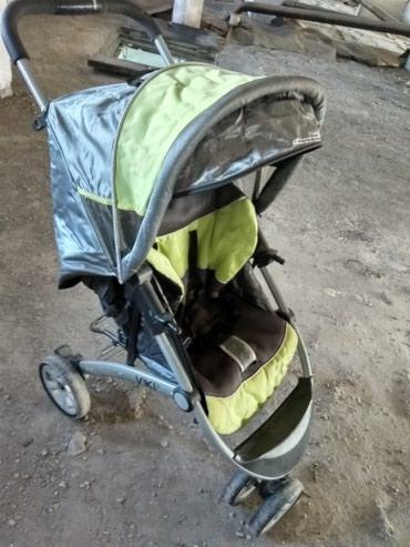 Продаю коляску- 3 колеса, Цвет в Бишкек