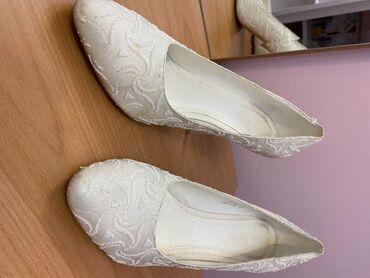 Свадебные туфли (990 сом)и вечерние туфли Zara (1350 сом) 38-39