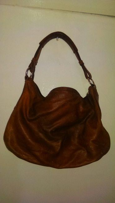 жен-сумка в Кыргызстан: Жен. Сумка, кожа, коричневый цвет, на подкладе в хорошем состоянии