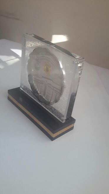 """Серебряную колечку и сережку - Кыргызстан: """"Тарелка в акриле""""Серебряная либо золотая тарелка в акриле на"""