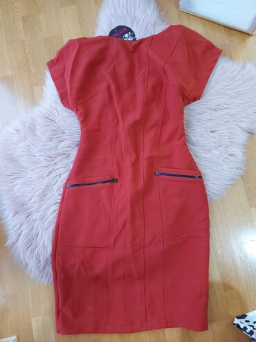 Nova haljina, fenomenalan kroj, poreklo Turska, prijatnog materijala