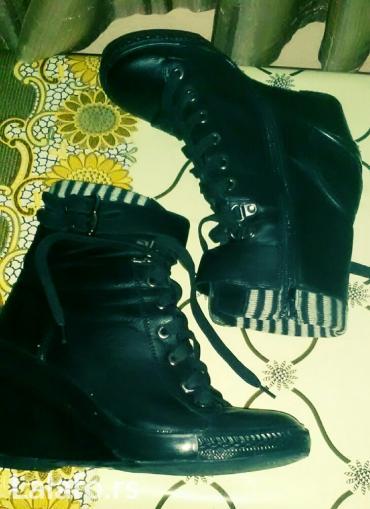 Zenske cokule na pertle - kratke  cizme crne gleznjace sa platformom   - Lazarevac