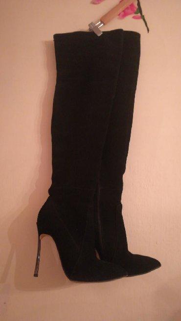Ботфорты фирмы CASADEI. Замшевые, цвет чёрный, каблук высокий. Состоян