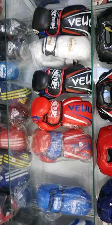 боксерские-перчатки-на-заказ в Кыргызстан: 8 унцовые VENUM боксерские перчатки 100% кожа! Профессиональные! В