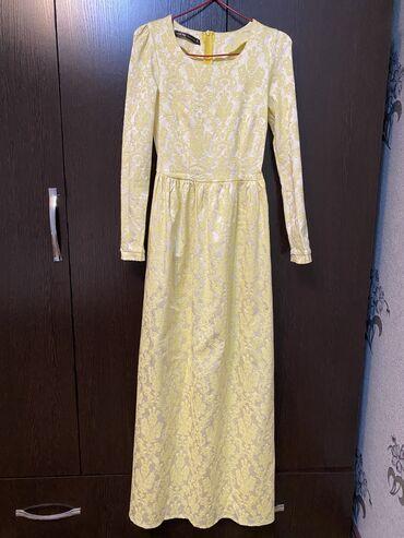 Платье 36 размер, надевала 1 раз. Очень красивое, пояс на талии. Самый