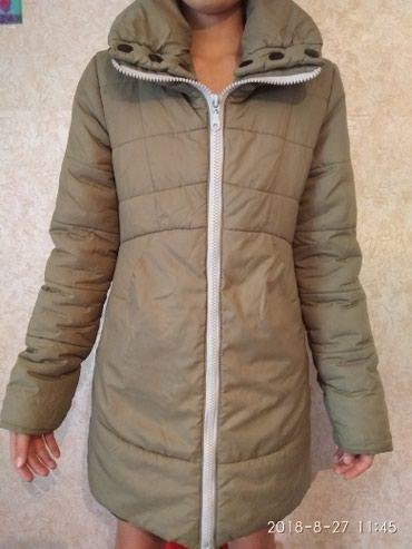 Продаю зимнию куртку , размер 10-14 лет  в Бишкек