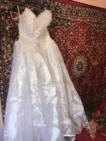 Продаю свадебное платье, размер 46-48. в Бишкек