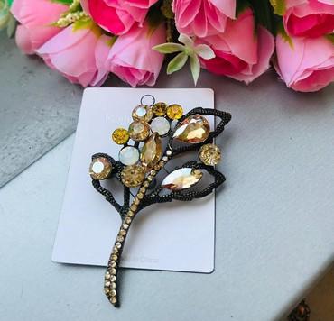 часы модные в Кыргызстан: Брощь- очень модный,под золото