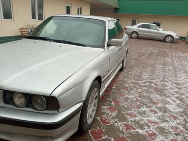 купить бмв 520 в Кыргызстан: BMW 520 2 л. 1994