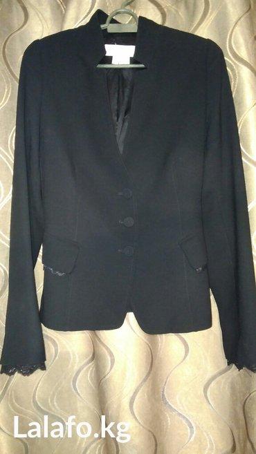 Женский жакет (пиджак) черного цвета. в Кок-Ой