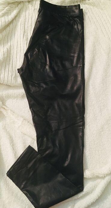Jednom obučene helanka/pantalone. Imitacija kože. Stoje fantastično
