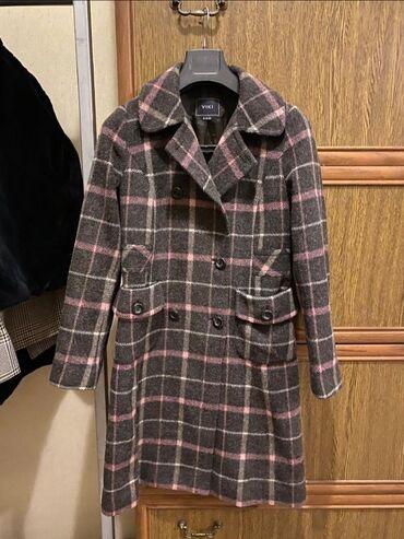 Пальто очень высокого качества бренд VIKI в отличном состоянии. на
