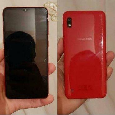 Bakı şəhərində Samsung A10 qırmızı