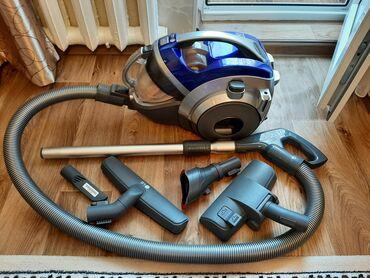 Пылесос LG Стакан с прессовкой пыли, самый мощный по силе