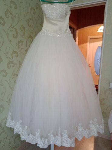 Платья - Кыргызстан: Продаю свадебное платье. Одевала 1 раз на собственную свадьбу, платье
