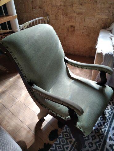 Πολυθρόνα ξύλινη με ύφασμα. Προσφορά!!!